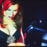 Jennifer-Tilly-as-Ginger-in-FAST-SOFA